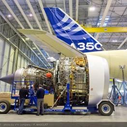 A350_XWB_Trent_Engine_mounting2